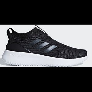 Women's Adidas Shoes / Size: 11 / New in Box